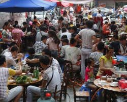 NEWS: Animals Asia advises caution over Yulin dog meat festival closure